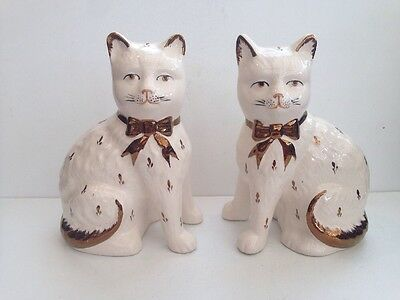 Pottery Pair Of Cats