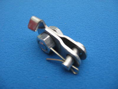 Vespa   Front Brake Cable Clamp