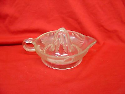 "Vintage Anchor Hocking 7.5"" Footed Clear Glass Ribbed Juicer Reamer Handle Spout"