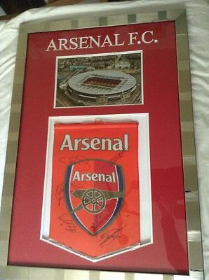 Arsenal 2006-2007 Original Hand Signed Framed Large Pennant 8 X Signatures