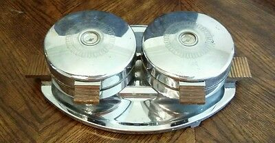 Vintage Dominion Style #1360 Twin Waffle Maker btm123