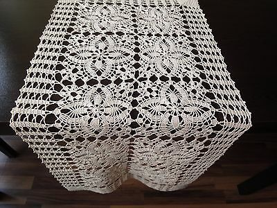 Stylish Vintage HANDMADE Ecru Cotton Crochet Floral Table Runner