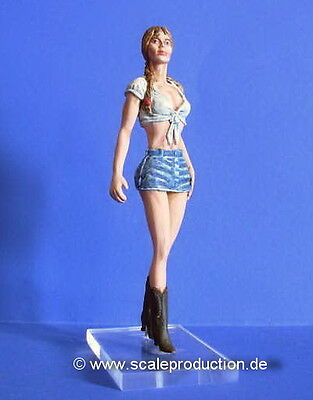 "Scale Production 1/24 Figure - ""Brooke"""