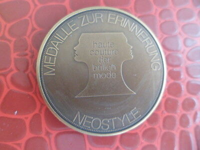 Medaille cuivre Haute couture souvenir NEOSTYLE - NUFER Medical BERN Suisse
