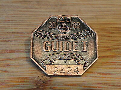 2002 New Brunswick Licence Guide 1 Fishing/Hunting Bronze Badge / Pin