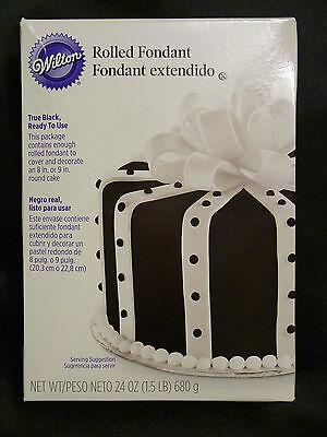 Wilton Ready to Use Rolled Fondant TRUE BLACK 8 inch cake sugarpaste 680g