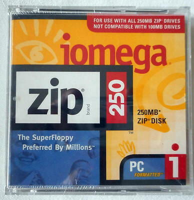Iomega ZIP 250 PC Formatted 250Mb ZIP Disk With Jewel Case Sealed New