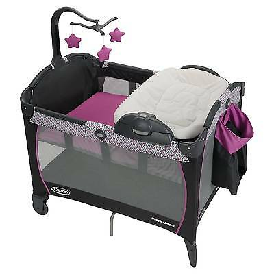 Graco® Pack 'n Play Playard Portable Napper and Changer