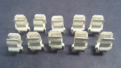 "Fuse Clips For 1/4"" 3AG type fuse. For PC Board Mounting: Packs of 10"
