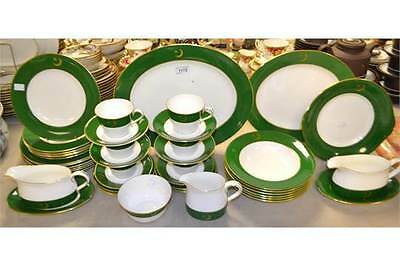 Royal Crown Derby Pakistan Embassy 39 Piece Green & Gold Dinner Service