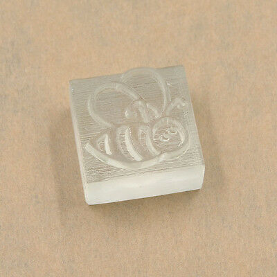 Mini Resin DIY Soap Stamp Seal Cute Bee Pattern Handmade Soap Art Decoration 1pc