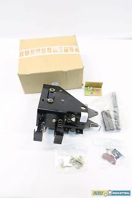 New Merlin Gerin 9011400B1 Gmh Circuit Breaker Latching Mechanism D528883