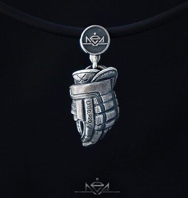 NEW exact copy HOCKEY GLOVE pendant ice hockey gear champion sterling silver