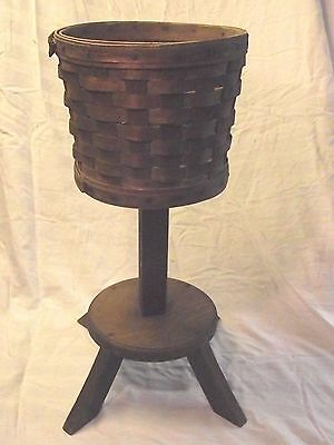 Vintage Longaberger Small Fern Basket w/ plant stand- RARE CHANCE Retired!