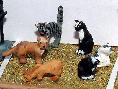 O Scale Unpainted Model Kits 6 Assorted Cats L26