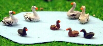 N Scale Langley Models READY MADE & PAINTED Waterfowl, 4 swans & 4 ducks A61p