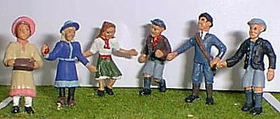O Scale Unpainted Models Kit 6 Victorian/ Edwardian Children Playing OF16