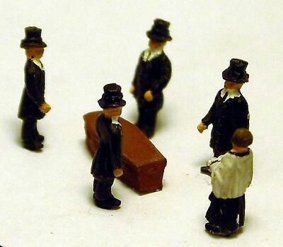 N Scale Model READY MADE & PAINTED 5 Figure Funeral Scene and Coffin A74p