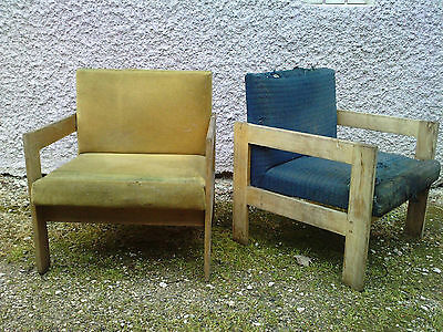 paire de fauteuils design moderniste frene ? chene ?