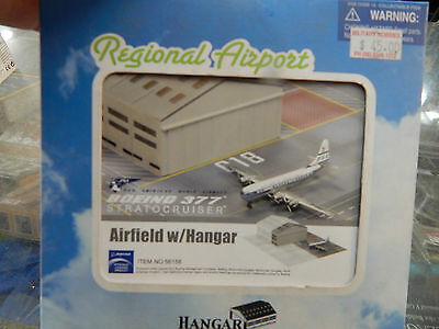 1:400 scale diecast  Boeing Stratocruiser by Dragon Wings
