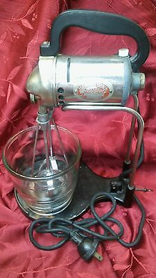 """1930's """"red Lable"""" Hamilton Beach Food Mixer W/bowl & Stand - # Fm 750264 A"""