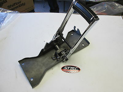 1970 71 72 Camaro New Automatic Horseshoe Shifter Assembly Th350 Th400