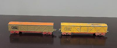 Two Vintage Tootsie Toy Diecast Pioneer Stock Shippers Freight Cars