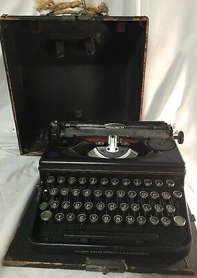 L@@k! Triumph Norm 6 Portable German Typewriter From 1940's ~ Rare!