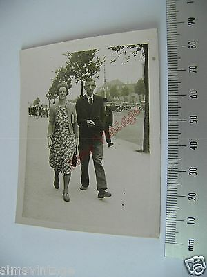 OLD Photo LOT3 1920-40s Couple Walking In Street Vintage Fashion  024