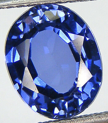 5,92Ct. Excellent Saphir Ceylan Bleu De Synthese Taille Ovale