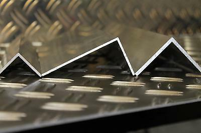 Aluminium Angle Profile Alloy L made of in 2mm thick Metal