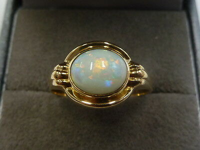 Vintage/Antique 18ct Yellow Gold Opal Ring Size O   3.9 Grams