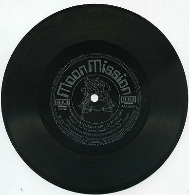"""Moon Mission, A Findus Listen Look and Learn Record (1972 7"""" Flexi LYN 2487)"""