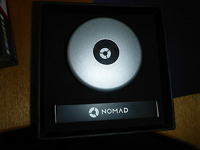 Nomad pod-aw-s Pod Portable Charger for Apple Watch - Silver