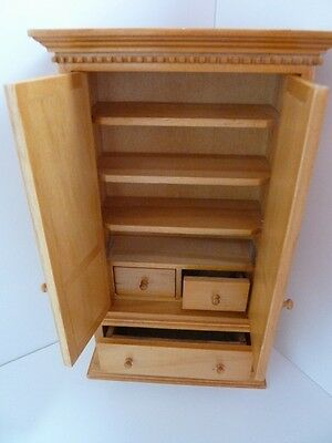 Dolls House Miniature 1:12th Scale Kitchen Bedroom Country Pine Cupboard (3081)