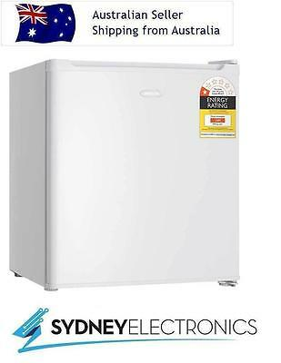 New Heller 47L Litre Bar Fridge w/ Adjustable Thermostat- BFH6