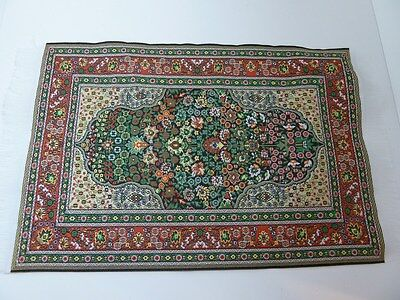 Dolls House Miniature Green Patterned Rug (D699X)