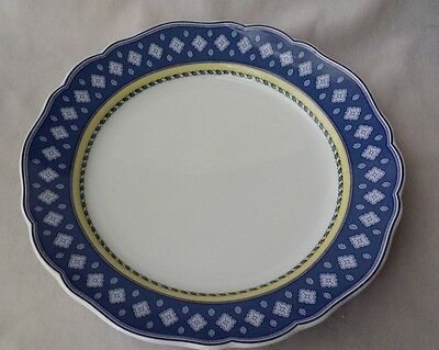 Medley Vicenza  by Hutschenreuther Maria Theresia Dinner Plate