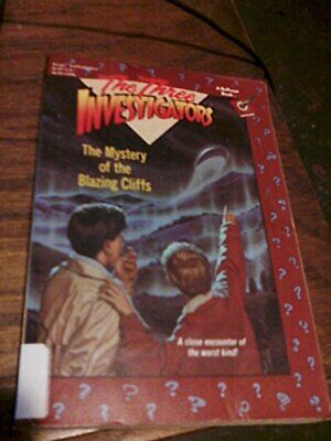 The Mystery of the Blazing Cliffs (The Three Investi... by Carey, M.V. Paperback