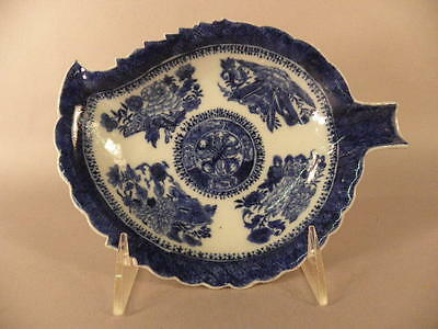 Chinese Export Porcelain Leaf Shaped Dish  19Th Century