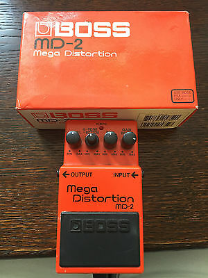BOSS MD-2 'Mega Distortion' Guitar Effects Pedal