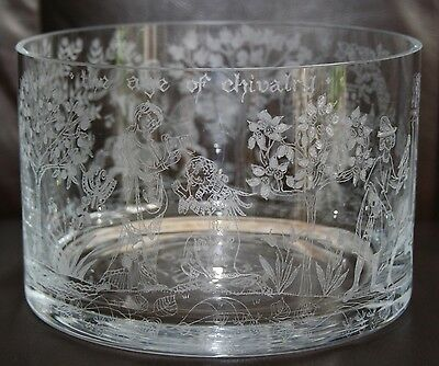 """Beautiful Etched """"age Of Chivalry"""" Bristol Commemorative 7"""" Crystal Glass Bowl"""