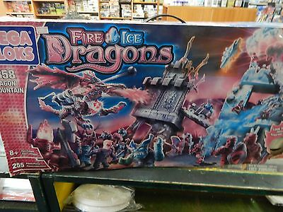 Mega Bloks Fire and Ice Dragons ' Dragon Mountain ' boxed set