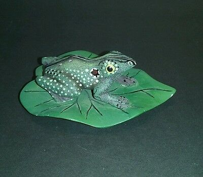 Frog on a Lily Pad by Continental Creations. Adorable! Porch decor.
