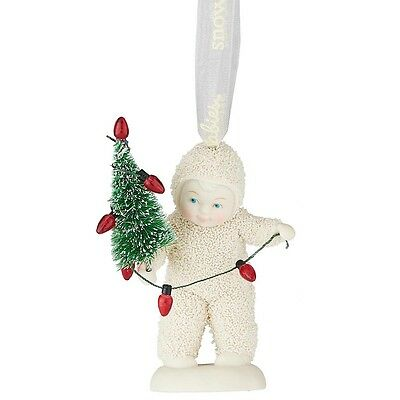 Snowbabies 4051942 Lighting the Tree Hanging Ornament