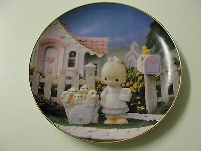 Precious Moments Classics Plate Collection. God Loveth a Cheerful Giver. #4004N.