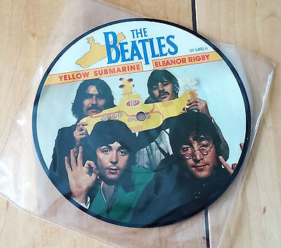 The Beatles Yellow Submarine / Eleanor Rigby Picture Disc 45rpm Record RP5493