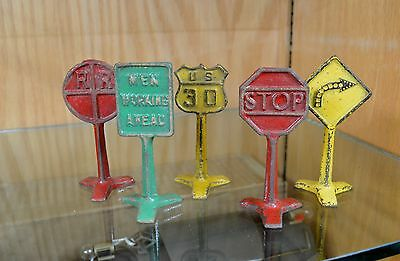 Set of Five Arcade Manufacturing Inc. Road and Rail Signs Standard Scale G Scale