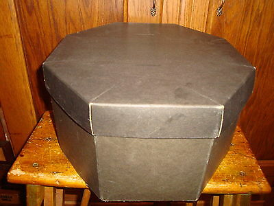 Vintage Retro 8 Sided Octagonal Black Hat Box Hatbox with Form Inside