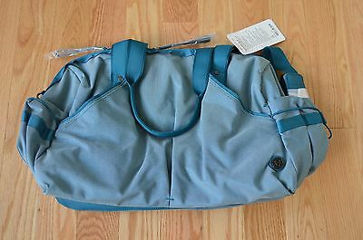 New With Tags Lululemon Extra Mile Duffel Bag Tofino Teal White